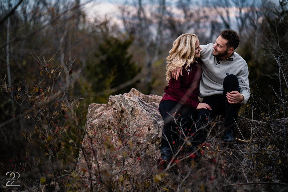 Fall Engagement Photos - Dayton Wedding Photographers - Engagement Photos in Dayton - Columbus Wedding Photographer