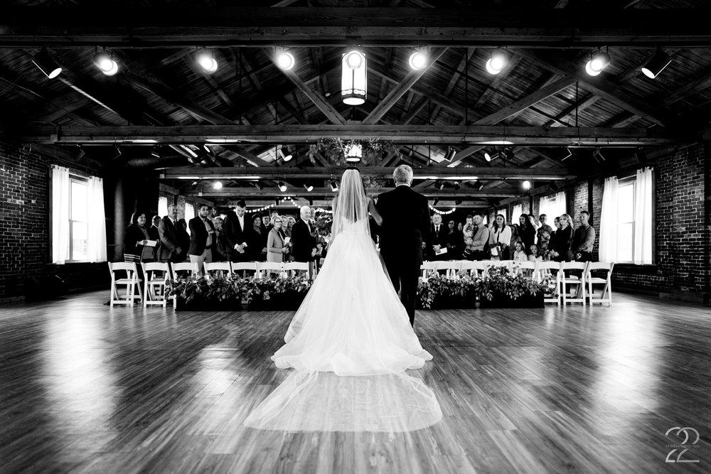 Top of the Market Wedding - Wedding Venues in Dayton - Studio 22 Photography