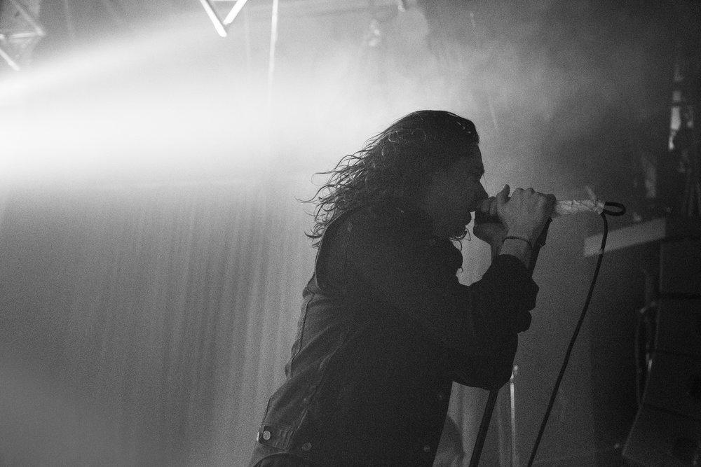 Underoath_Sleepmakeswaves_Elizabeth_Kent_Music_Photographer_Melbourne_170_Russell_Underoath_02.jpg