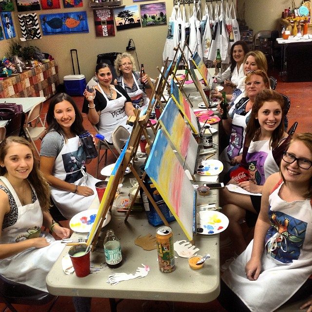 Had so much fun with these ladies tonight! #painting #party #paintingparty #paintsipparty #fridayfunday #byob #sanmarvelous #smtx #sanmartians #txst  #texasstateuniversity #acc #atx #elephants #giraffes #sunset #fun #78666