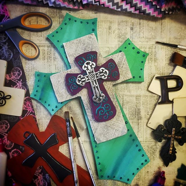 Come get #crafty and create your own layered #cross at #PersonalPicasso this Thursday 8/4/16 at 6:30PM!  All materials provided to #create your #unique cross using your favorite #colors and #designs!  Register at www.personalpicasso.com/eventscalendar/ before the last few seats are gone!  Don't forget to bring your friends and #byob!  #artsyfartsy #paintandsip #txst #sanmarcos  #sanmarvelous #bobcats