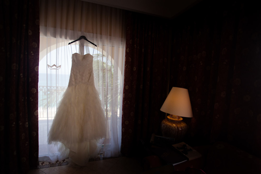 wedding-dress-los-cabos-wedding