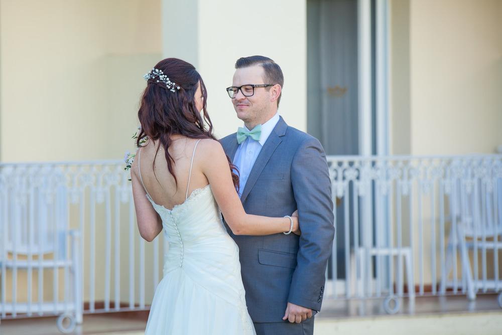 first-look-weddings