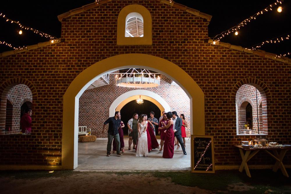 Our wedding day-59.JPG