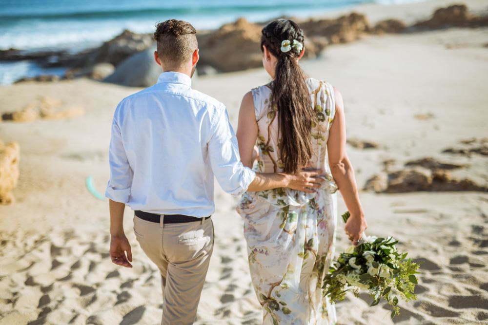ADVENTUROUS-DESTINATION-WEDDING-PHOTO-SHOOT-IN-the-east-cape