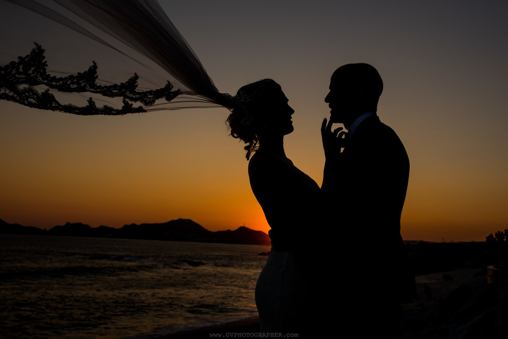 bride-and-groom-sunset-at-the-cape