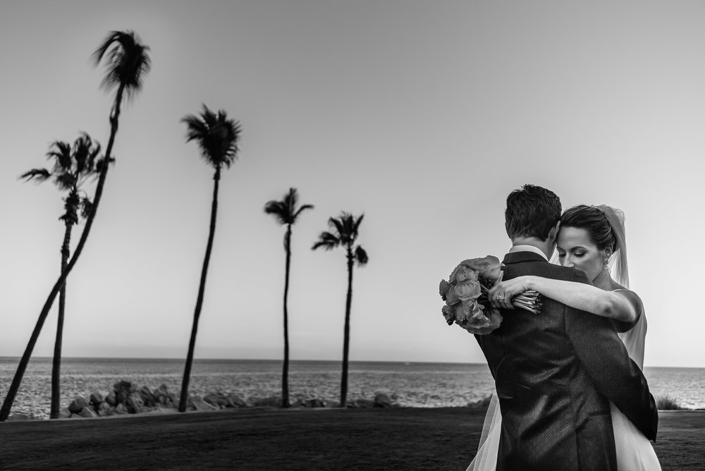 bride-and-groom-during-their-photosession-at-palmilla