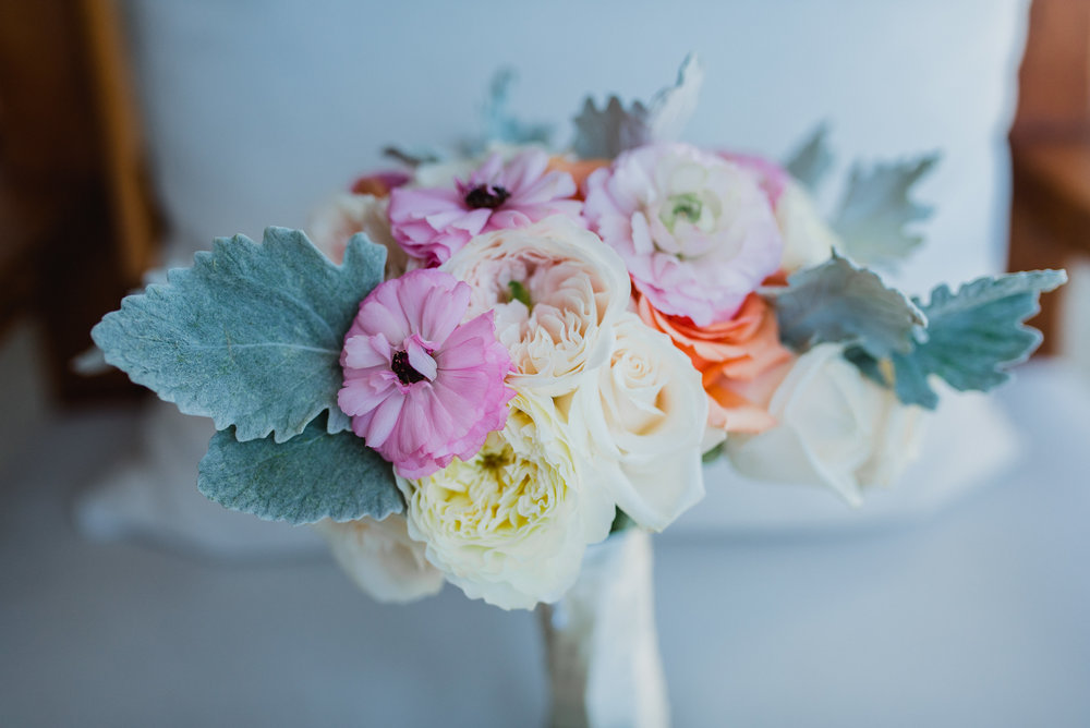 Los-Cabos-wedding-flowers.JPG