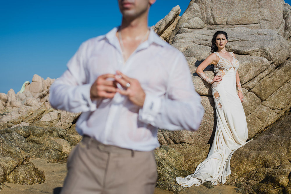 Trash the dress in Cabo. Hagop & Rose