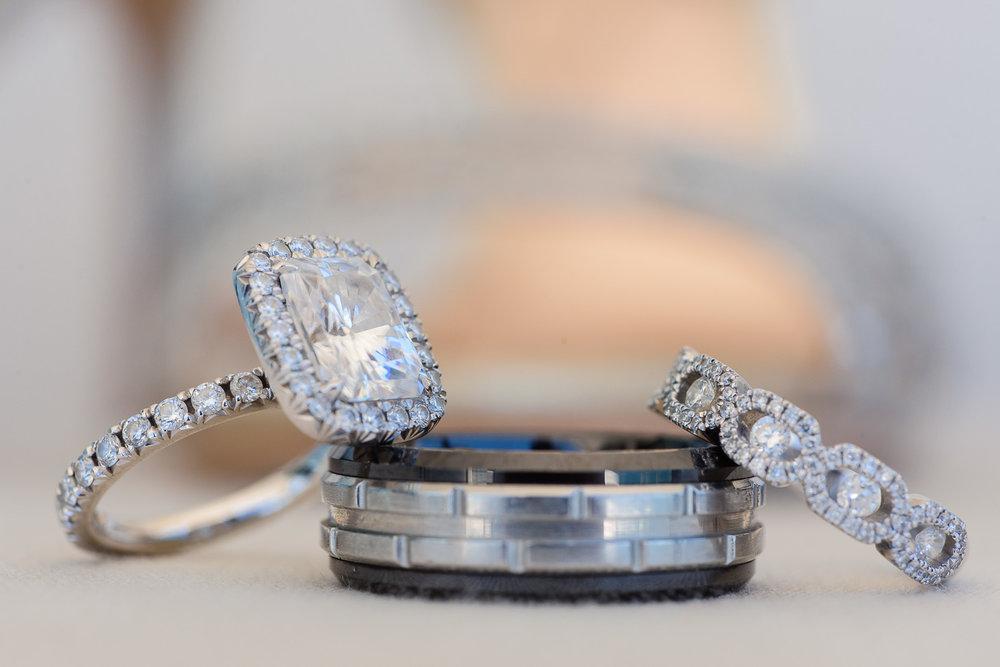 Wedding rings detail on Cije´s destination wedding at San Jose del Cabo
