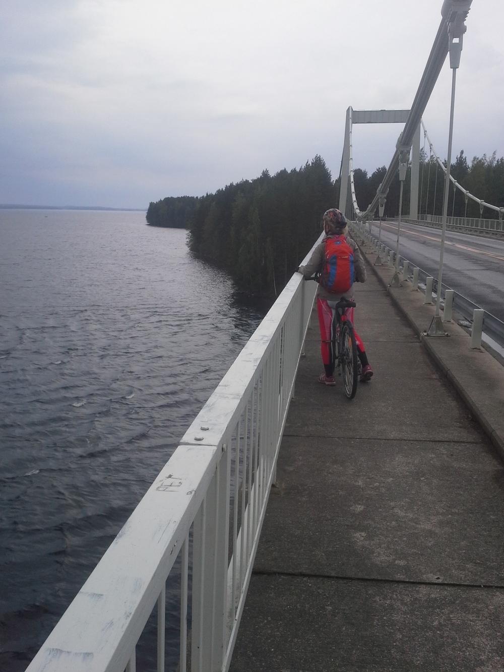 Karisalmen silta
