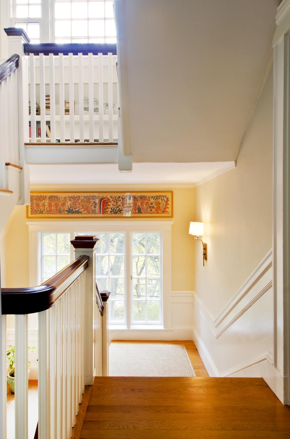 StaircaseRunner-GrayscaleDesign.JPG