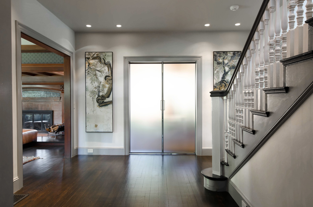 Foyer-GrayscaleDesign.jpg
