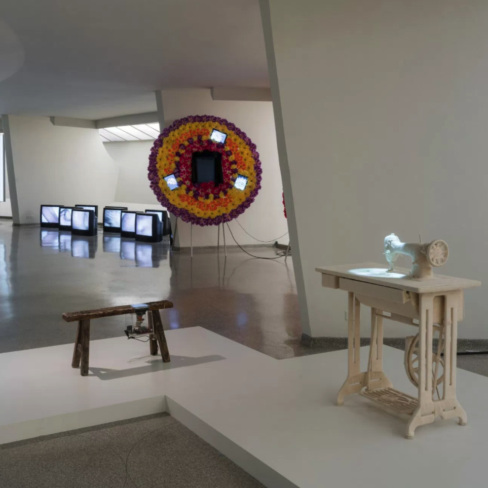 1989後的藝術與中國:世界劇場 Art and China after 1989: Theater of the World  古根漢美術館 Guggenheim Art Museum  2017.10.06—2018.01.07