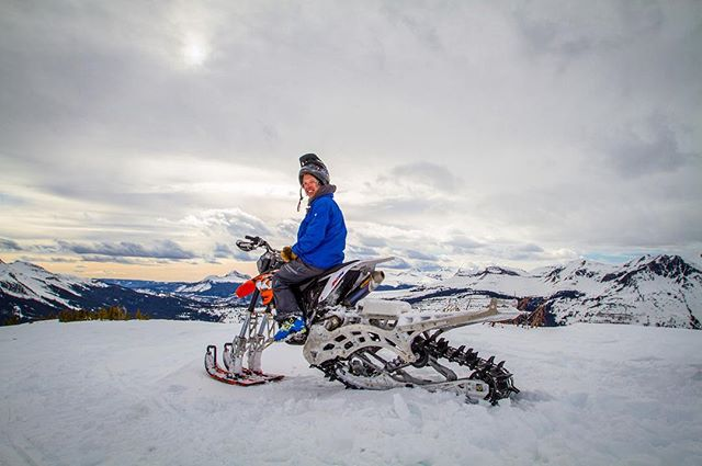 Holy moly this is one of raddest machines out there! Anddd so damn fun! Thanks to @middletonmotorsports for letting us take her out brapping and also to @justin_ebelheiser for the pic! #brap #dirtbike #snowbike #timbersled #snow #snowmachine #co #colorado #mountains #sanjuans #silverton #rad #fun #canon