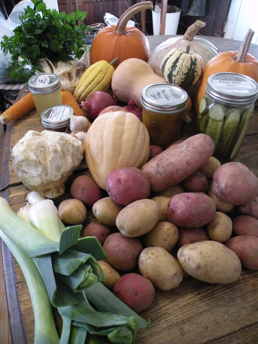 Sample of our fall storage CSA share.