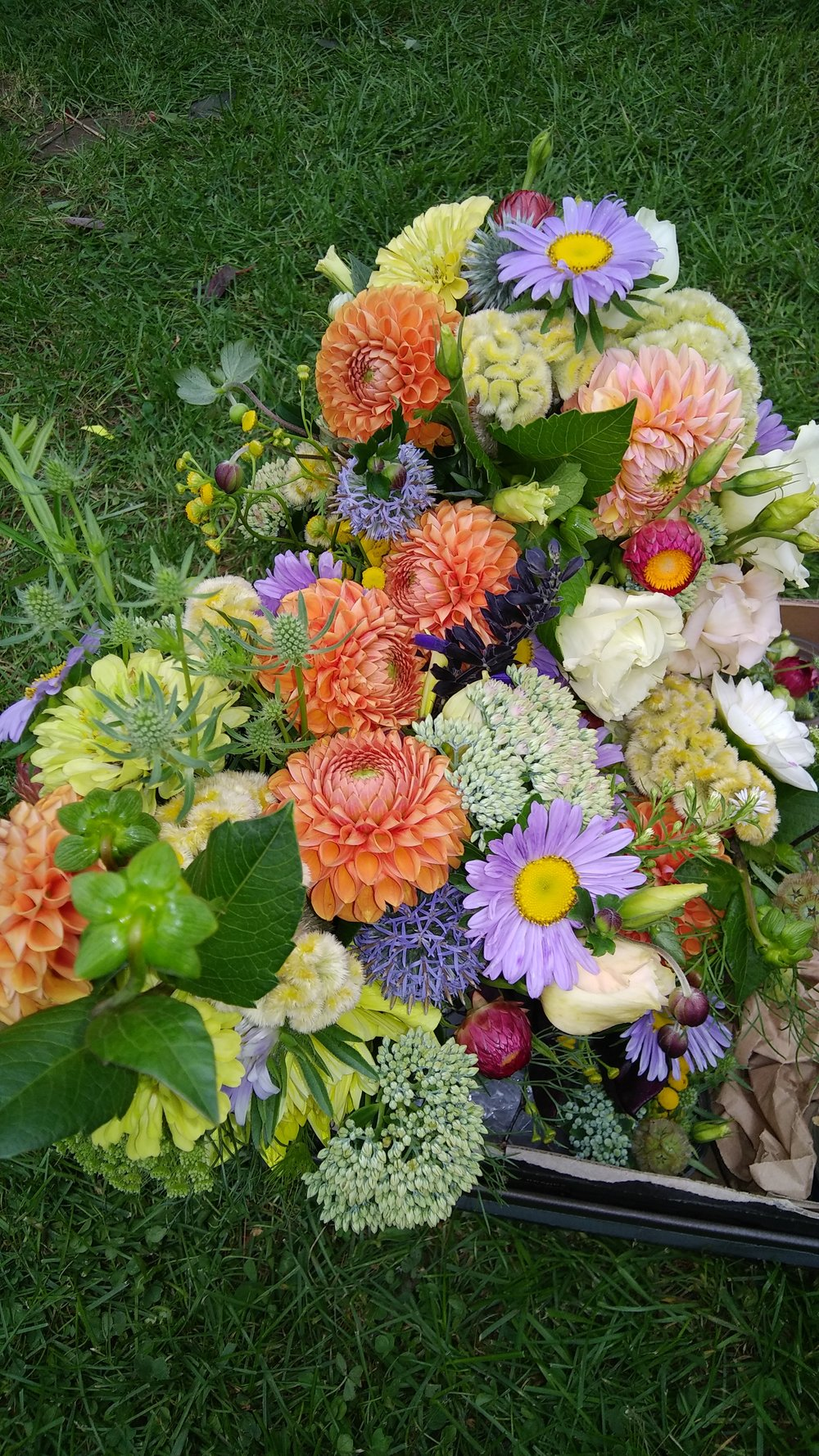 wedding flowers laura and ben 9 - 2- 18.jpg
