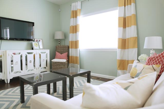 Cresthaven Living Room
