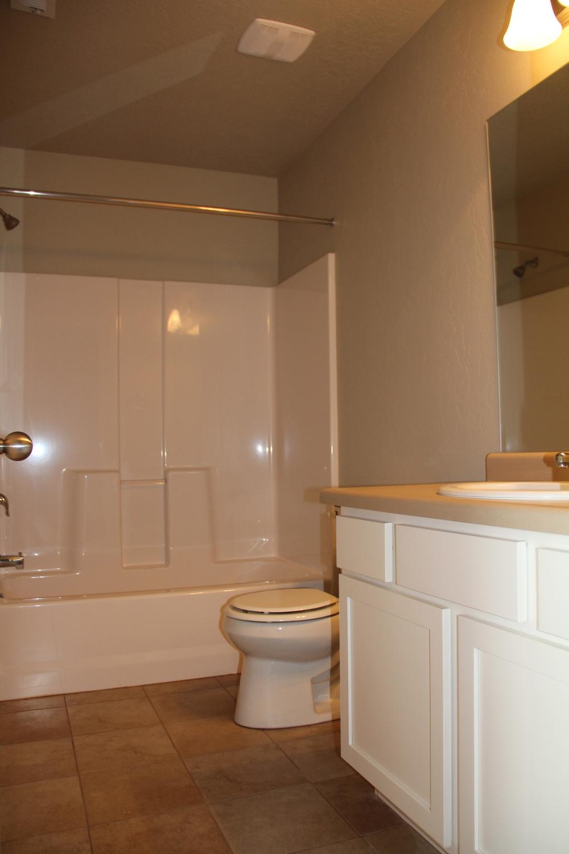 Cresthaven Bathroom