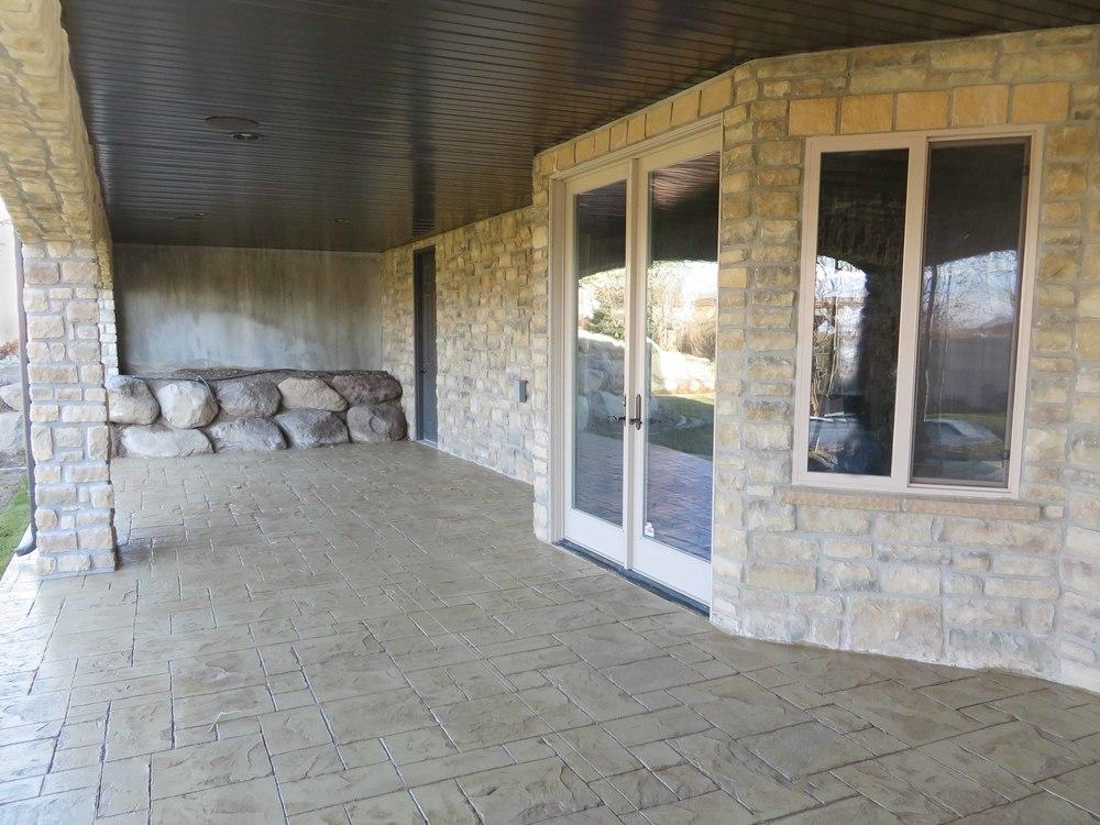 Vassel Deck - Lower Level 06 - website.jpg