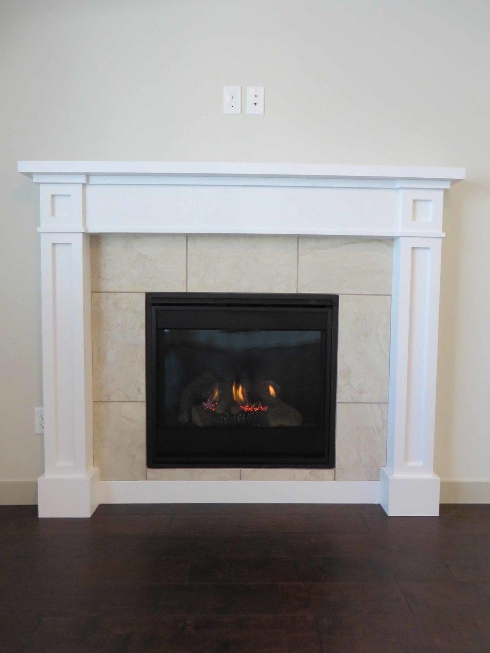 Amara Oaks - Fireplace 01 - website.jpg