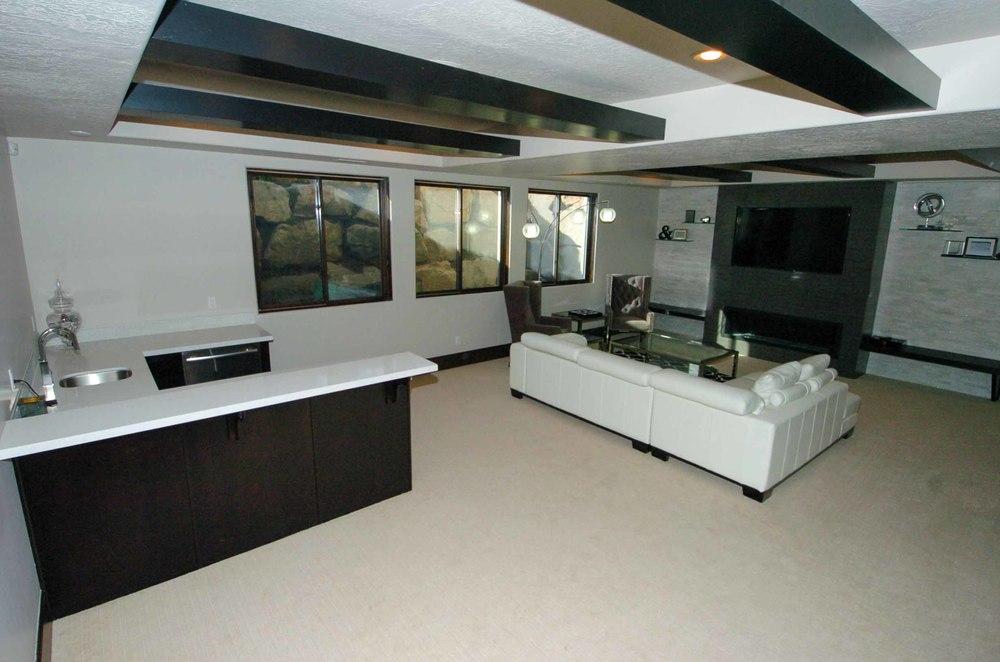 Belnap Kitchen and Couch 013 - website.jpg