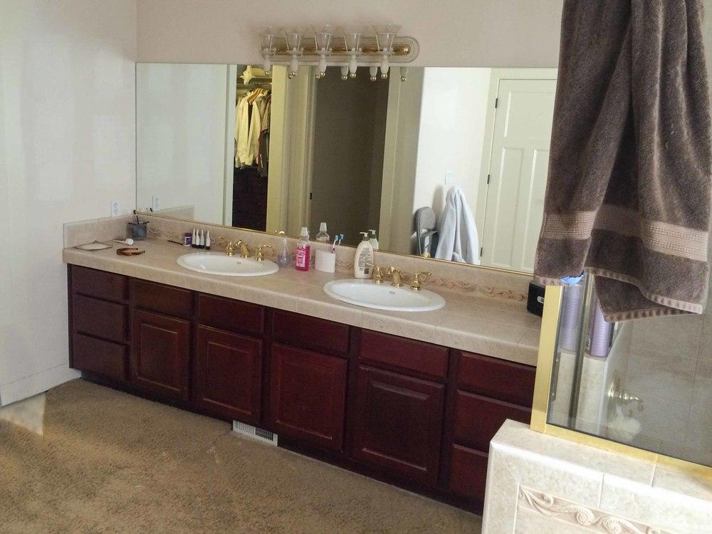 Walker Bathroom - Before 03 - website.jpg
