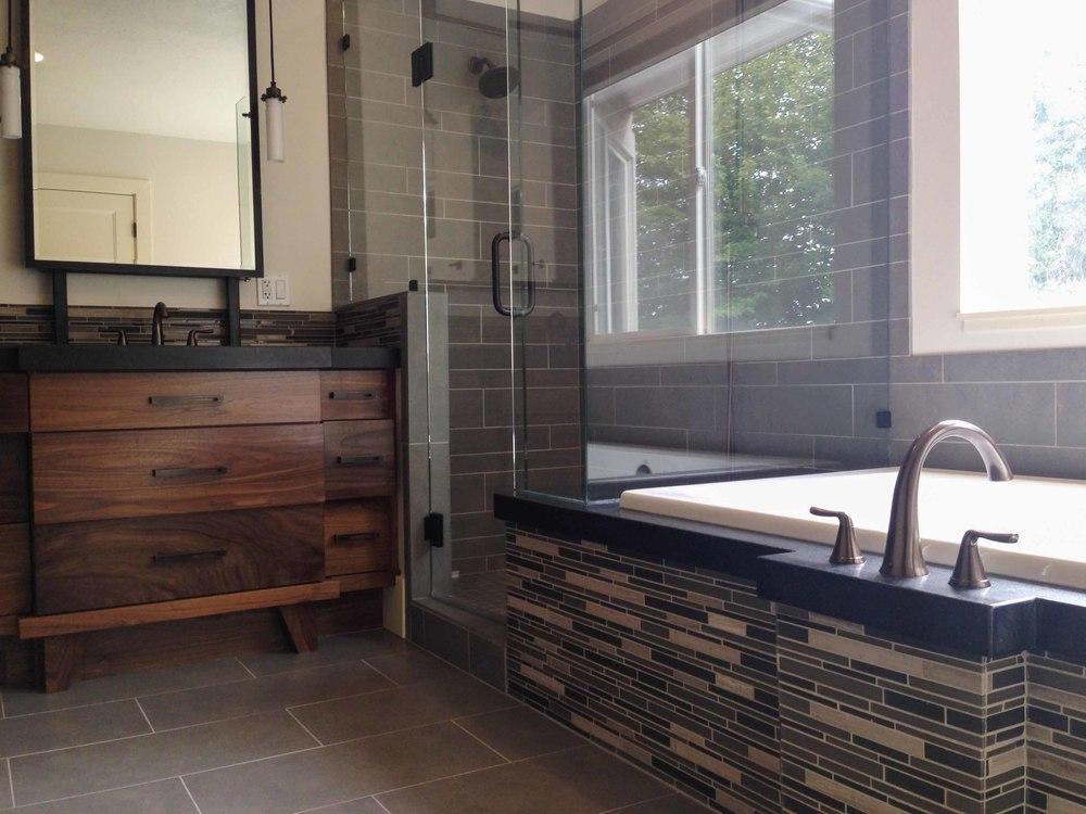Walker Bathroom - After 03 - website.jpg