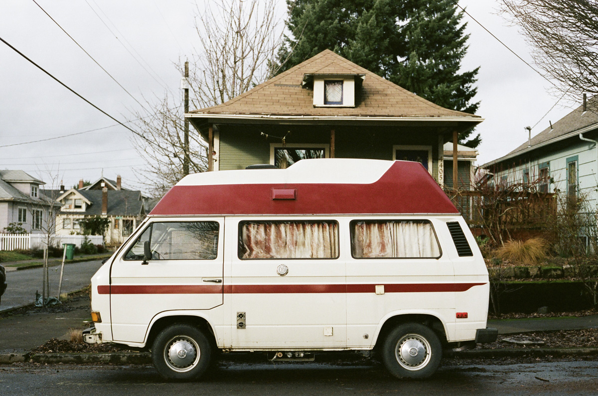 outofreception: A Vanagon Hightop in Portland I don't know why but I love these things.
