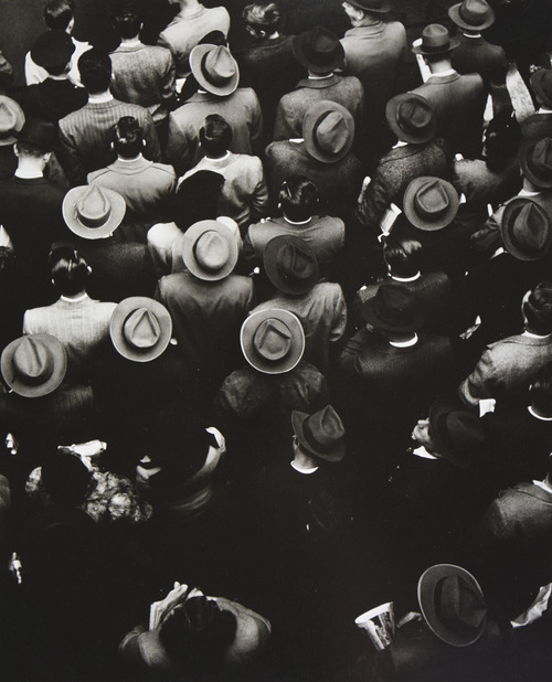 vagabondbrothers :       Gordon Parks   - Staten Island Ferry Commuters, 1944     Royalty. Gordon Parks, that is.