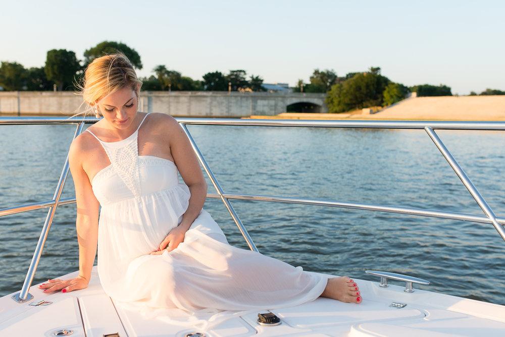 maternity portfolio - (See all the pretty bumps!)