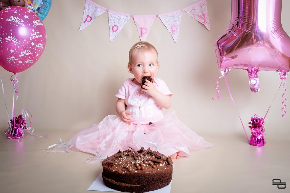 Poppy Eats Big Piece of Cake