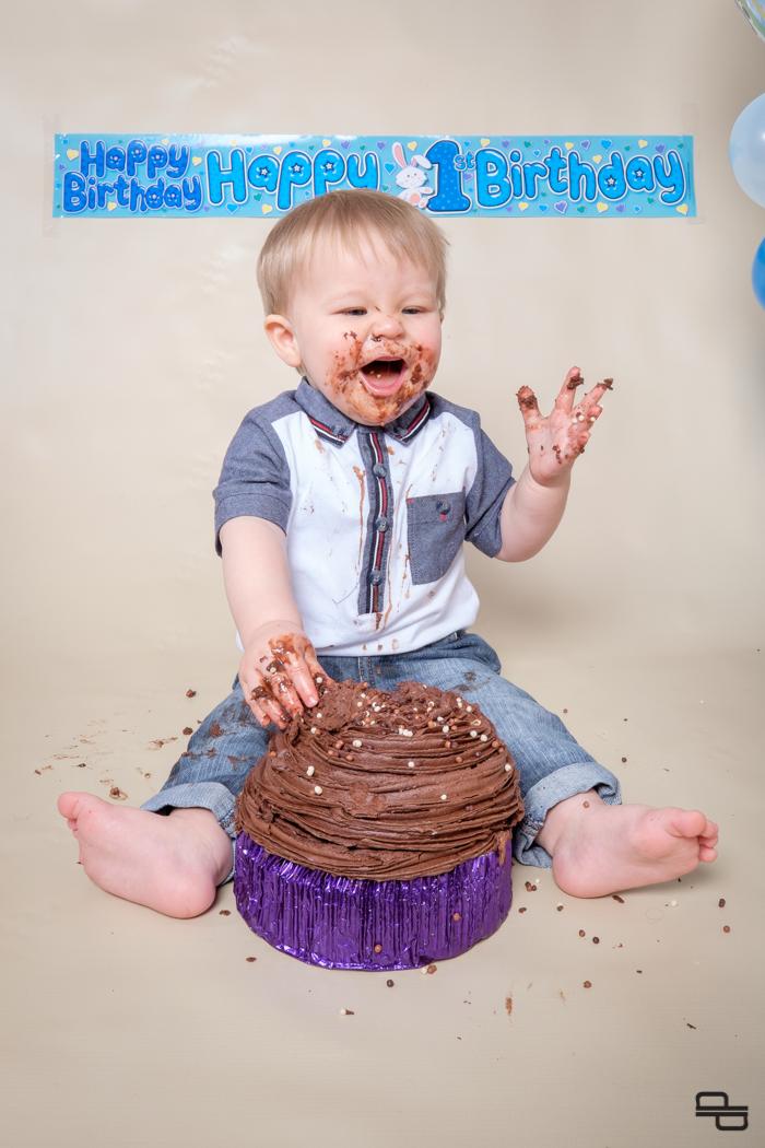 1504__Ethans Smash the Cake_DEPT3419.jpg