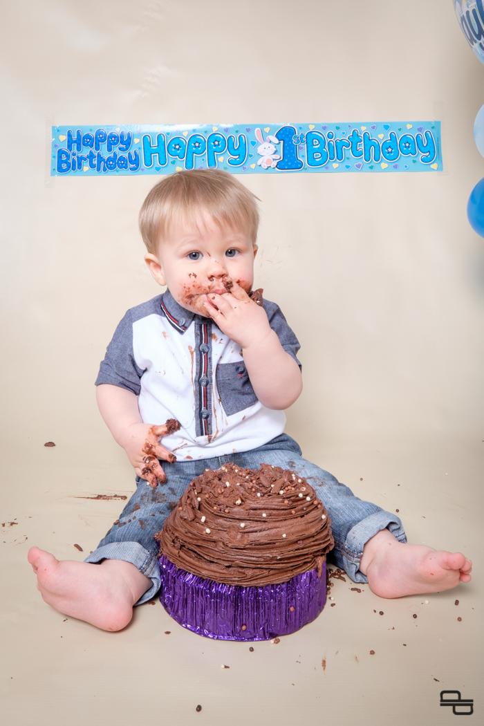 1504__Ethans Smash the Cake_DEPT3432.jpg