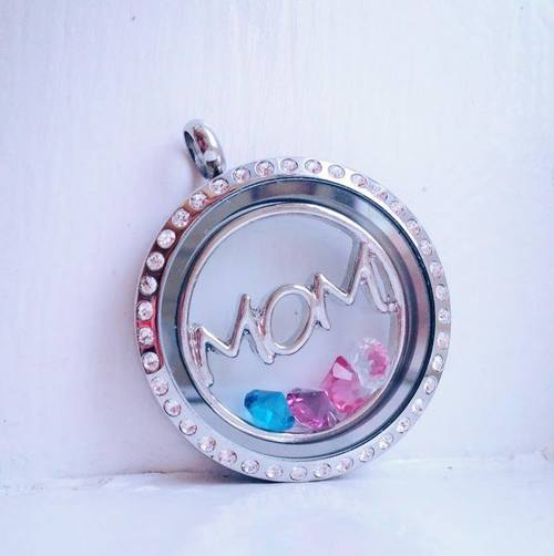 bmom window plate locket.jpg