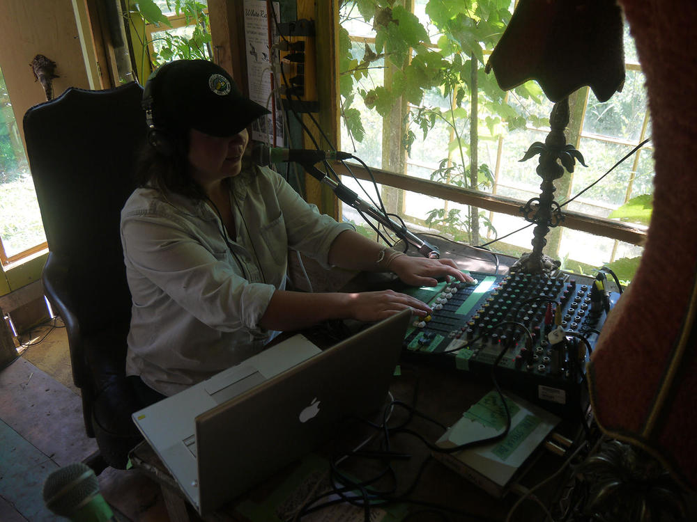 Hosting Red Clay Radio, White Rabbit Arts Residency, Bay of Fundy, 2014 (Photo by Eli Gordon)