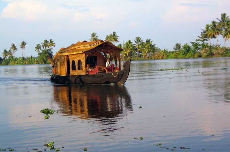 house_boat.jpg