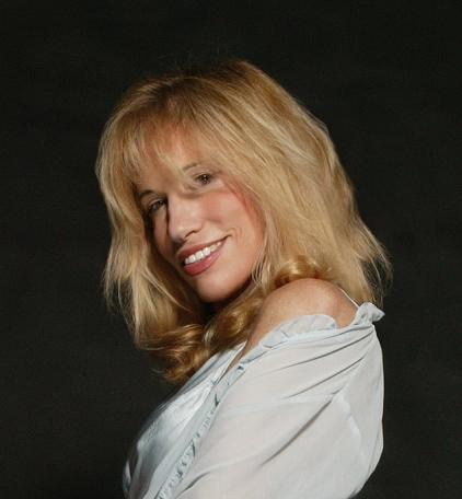 Carly Simon photo.jpg