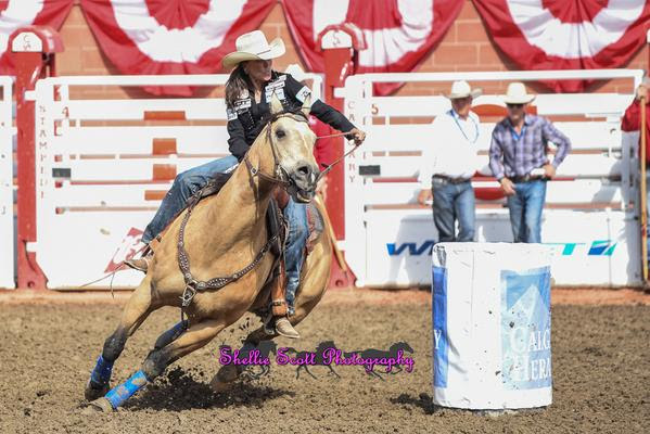 Lisa Lockhart had the fastest time of 17.90 Seconds to be crowned the 2015 Calgary Stampede Barrel Racing Champion!