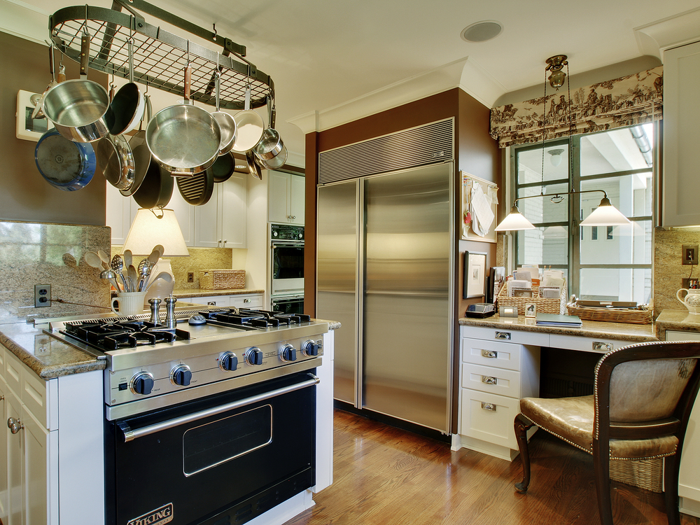 05-Kitchen-02.jpg