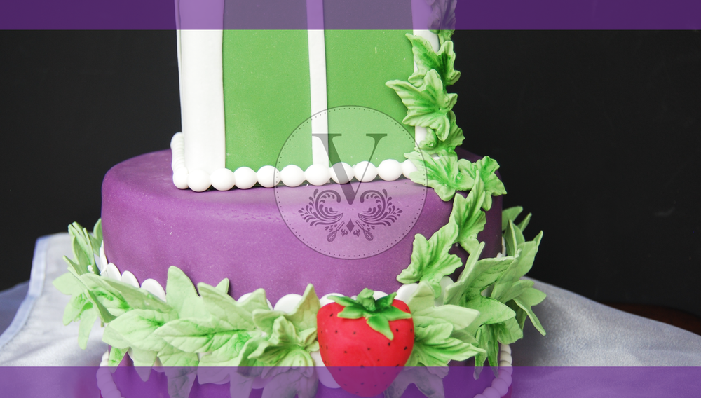 costume-cakes-3.png
