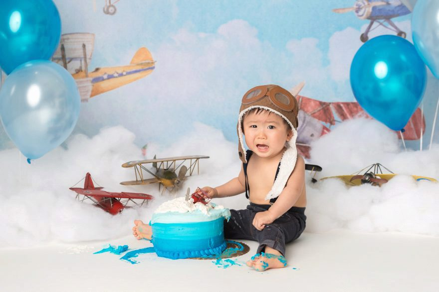 aviator hat balloons clouds planes cake smash