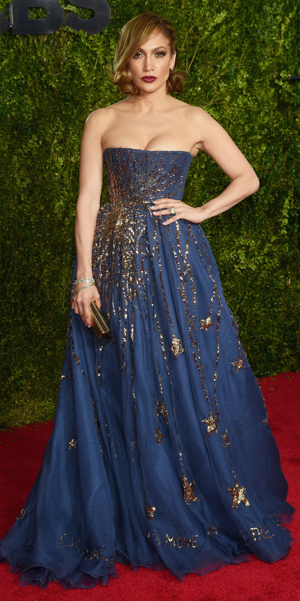 Jennifer Lopez  wearing Valentino Couture