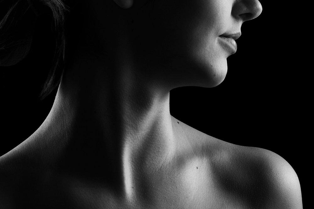 woman-neck