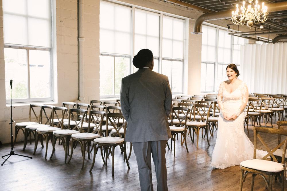 rochester-wedding-photographer-arbor-loft-12.jpg