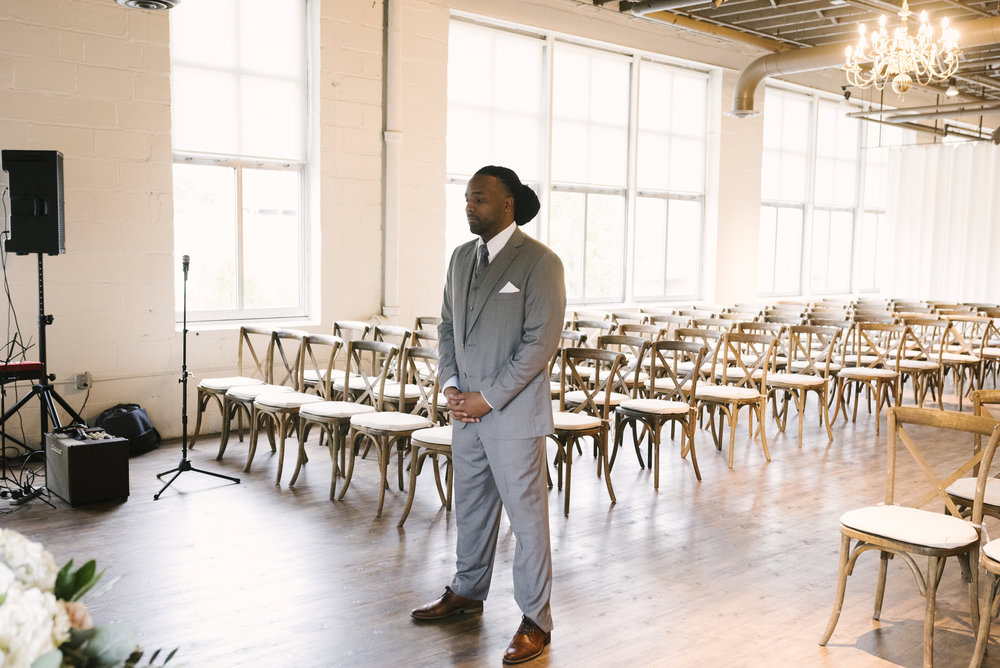 rochester-wedding-photographer-arbor-loft-11.jpg