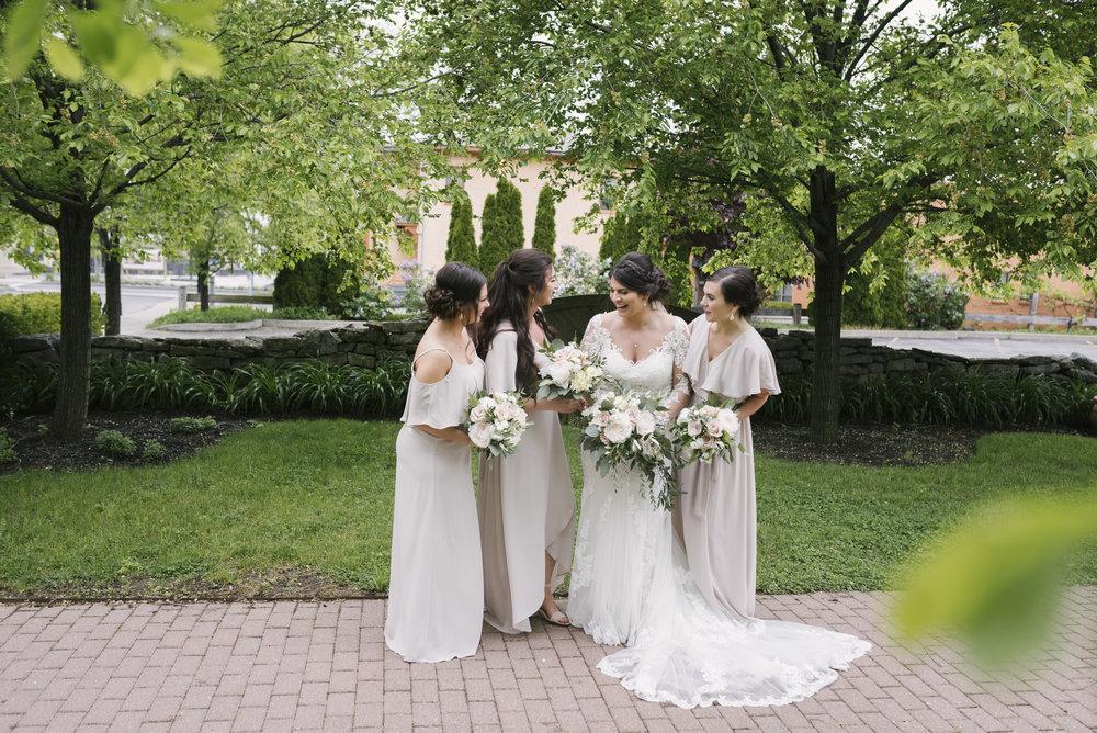 rochester-wedding-photographer-arbor-loft-18.jpg