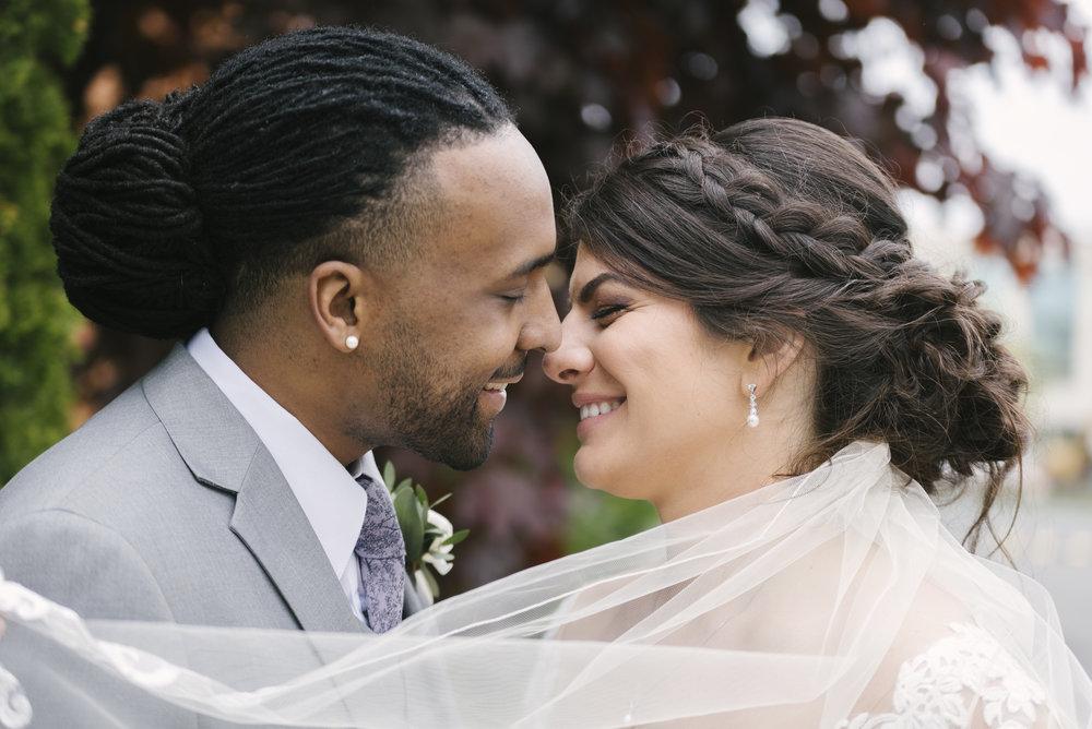 rochester-wedding-photographer-arbor-loft-30.jpg