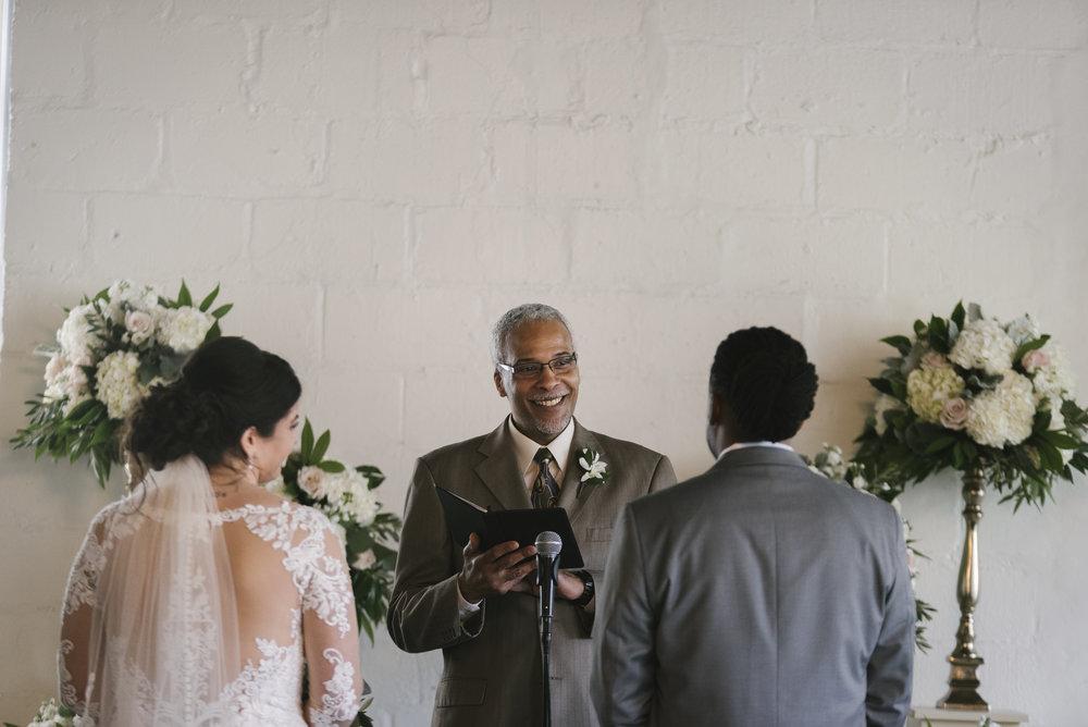 rochester-wedding-photographer-arbor-loft-33.jpg