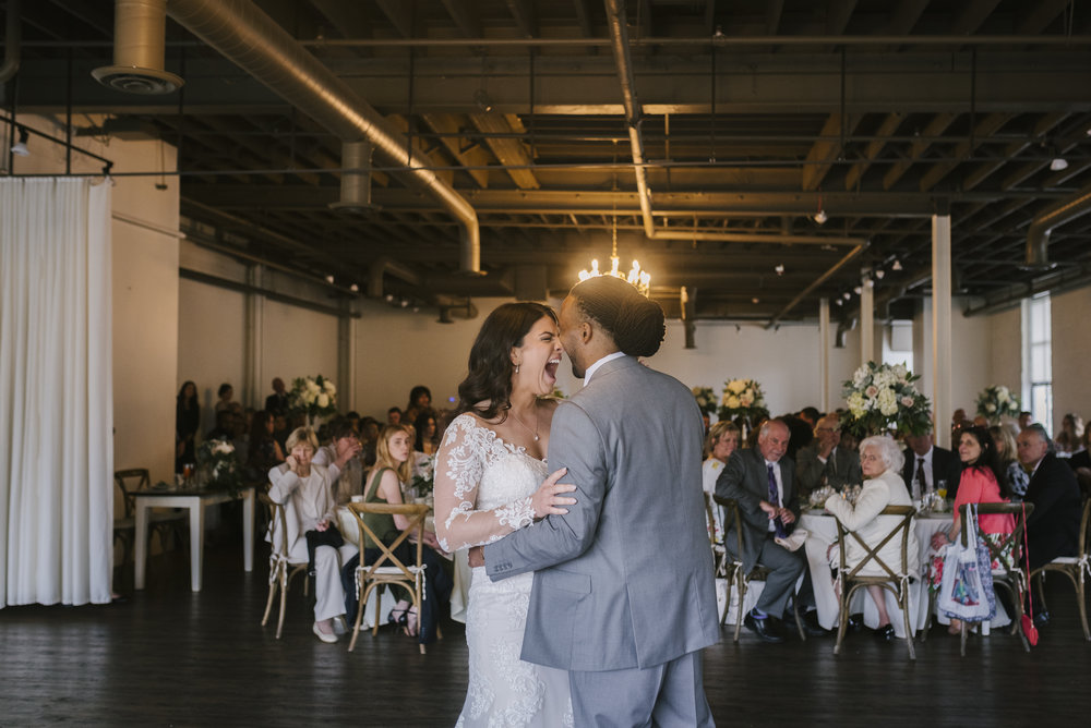 rochester-wedding-photographer-arbor-loft-44.jpg